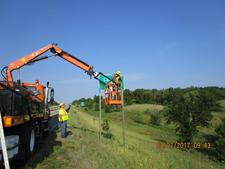 Cardinal Creek Dot Installing New Sign